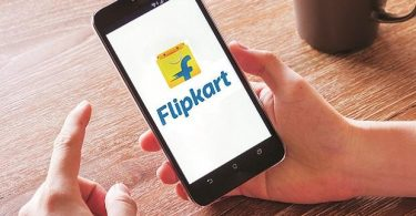 Flipkart is the leader when it comes to selling budget phones with 53% share (photo courtesy Business Standard)
